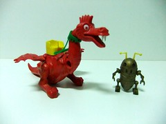 ROBOT Y DRAGON - AIRGAM BOYS (RMJ68) Tags: boys toy robot dragon space plastic plastico juguete calavera espacio alienigenas airgam