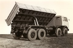 Fiat 690 N 3 B, (71B / 70F ( Ex Jibup )) Tags: new promotion photography corporate official tipper view box company vehicles prototype trucks trailer chassis sell artic development tanker manufacturer lorries advertise bodywork promote rigid flatbedtractorunit