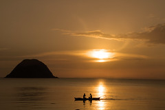 Sunset,Pasacao (JarleR) Tags: sunset sea sun island boat philippines pasacao ogq mygearandme mygearandmepremium mygearandmebronze mygearandmesilver ogqbackgrounds
