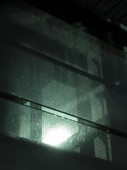 Gouttes en verre (Lisa/Anders - Ninja Transvestit Danmark) Tags: glass rain copenhagen droplets danmark glas regn flintholm dråber flintholmstation