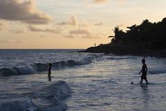 Ste-Luce, Martinique, 2015 (Jacques Lebleu) Tags: sea mer praia beach water atardecer mar agua eau sundown martinique playa caribbean bluehour crpuscule plage spiaggia antilles caribe carabes steluce