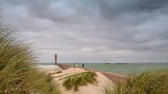 les-feux-de-saint-pol (photographegs) Tags: saintpol dunkerque phare plage diguedubreak break mer ocean dune nuage