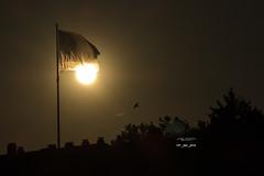 147_2016_5957 (Jos Martn-Serrano) Tags: proyecto proyecto366 proyecto365 365 366 sun puestadesol sol sunset bandera