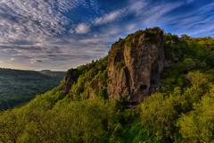 Falaise troglodyte (glassonlaurent) Tags: france saint montagne de landscape soleil jean ngc ciel nuage paysage troglodyte balmes ardche montbrun centenier