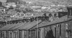 Terrace Stacks and a Sprinter (amended) (Jim the Joker) Tags: train railway viaduct sprinter terracedhouses arrivatrainsnorth