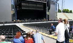Before Soundcheck #1 (NM_Pics) Tags: munich mnchen paul beatles olympicstadium mccartney paulmccartney olympiastadion oneonone