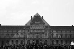 Prestidigitation (cl_p) Tags: paris architecture noiretblanc louvre jr nb illusion patrimoine musedulouvre pyramidedulouvre pavillonsully