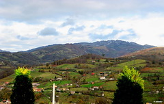 1.000 - Cordal de Pea Mayor (esnalar) Tags: espaa naturaleza mountain clouds landscape spain asturias paisaje nubes montaa asturies laviana principadodeasturias parasonatural principaudasturies altonaln