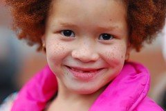 Annie (isabelvaldesa) Tags: teatro la bogota nia annie isabel sonrisa felicidad rizos infancia valdes baile arias pecas peliroja huefanita