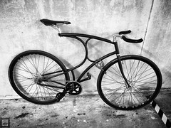 #cyclographics#vanhulsteijn#arnhem#4617#singlespeed#coasterbrake#miche#hplusson#ritchey#sturmeyarcher#michelin#bullhorn#not#a#fixie#fixedgear#fixed#brakesless#bicycle#urban#street#lemuridae#stealth#blackandwhite#bnw#bw#nocolour#cycle#cycling#bikesaroundth (graafsten) Tags: black bike bicycle square smooth velvet clean cycle squareformat stealth fixed fixie inkwell bikeporn coasterbrake bikelove iphoneography vanhulsteijn instagramapp