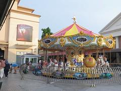 Merry Go Round (Vina Chen) Tags: thailand nightscape bangkok nightmarket ferriswheel riverfront bkk asiatique vinathaitravel