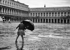 Rain in Venice (rabataller) Tags: venice bw italy cute girl rain lluvia italia bn littlegirl venecia venezia rabataller nikond800