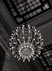 Grand Central Chandelier in B&W (LJS74) Tags: newyorkcity blackandwhite bw monochrome manhattan chandelier grandcentralterminal