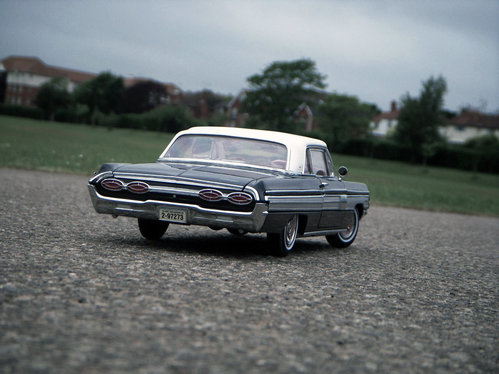 The Worlds Best Photos Of Diecast And Lesabre Flickr Hive Mind 51 Buick Concept 1962 Oldsmobile Starfire 118 By Road Legends Yat Ming Paulbusuego