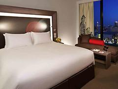 Novotel Bangkok Platinum - Executive Room (khemtit1) Tags: bangkok room executive platinum novotel