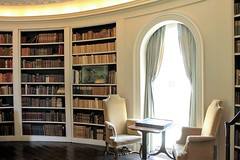 Ladew Manor House ~ Oval Library - HWW! (karma (Karen)) Tags: ladewmanorhouse monkton maryland harfordco mansions estates ovallibrary books bookcases windows chairs tables windowwednesdays hww