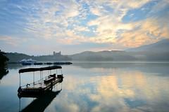 Misty Morning at Sun Moon Lake @ (Vincent_Ting) Tags: morning sunset sky lake water clouds sunrise dawn pier taiwan galaxy   crepuscularrays  sunmoonlake                vincentting