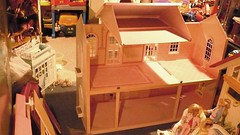 Barbie Magical Mansion-assembley from the inside! (Girlieman dolls) Tags: for move there almost mansion magical babie assembling into