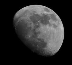7PM Moon shot 2 (NoobieNikon) Tags: moon nikon nikkor 55300mm d5100