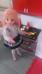 2/7 cooking with love (royalhearts) Tags: hello pink cooking kitty ment re pure licca rilakkuma neemo azone