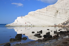 Scala dei Turchi - Sicilia (pixiprol) Tags: sea italy cloud mer white reflection water rock eau europa europe stair mediterranean italia cloudy pierre reflet scala sicily nuage blanc escalier rocher italie dei sicilia turk agrigento marne marl mediterranee sicile turchi nuageux realmonte agrigente turc marlstone