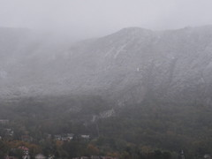 Grenoble - Arrive de l'hiver (Hlne_D) Tags: winter cloud mountain snow france alps fog montagne alpes grenoble hiver chartreuse neige nuage brouillard isre rhnealpes labastille massifdelachartreuse vision:mountain=0965 vision:clouds=0908 vision:sky=09