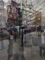 IMG0586iPH5  Marimekko   2013 Paul Light (Paul Light) Tags: boston massachusetts marimekko newburyst dxpapp