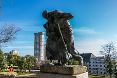 Los Ancianos en el Parque se Santa Margarita de A Corua, La Corua, Galicia, Espaa. (RAYPORRES) Tags: espaa monumento esculturas escultura galicia estatuas estatua marzo 2014 acorua lacorua parquesesantamargarita