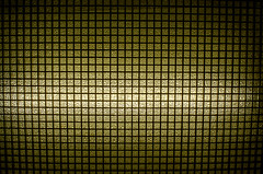 En el ascensor (SantiagoIgnacio) Tags: light luz grid reja elevator ascensor elevador