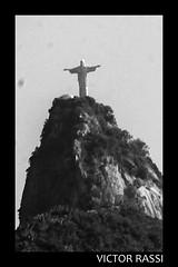 Vista do Mirante (victorrassicece 2 millions views) Tags: cidade brasil riodejaneiro canon amrica natureza paisagem urbano pretoebranco panormica amricadosul 2014 paisagemurbana canonef50mmf18ii 20x30 rebelxti canoneosdigitalrebelxti cidadebrasileira vistadomirante riodejaneirodoalto