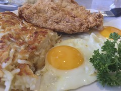 Chicken Fried Chicken with Hash Brown and Sunny Side Up Eggs (austin.restaurants) Tags: chickenfriedchicken hashbrown ios8 iphone6 breakfast eggs food iphone public urbanspoon 2015 february 19th 150219 thursday february19th img2822 sunnysideup restaurantjimsrestaurant