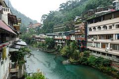 樋後渓 (m-louis) Tags: mountain building green river landscape restaurant hotel spring taiwan raining 烏來 台湾 温泉 川 wulay taiwan2014 樋後渓