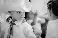 Algn lugar.. (nashejimenez) Tags: blancoynegro mexico mujer gente retrato amor comida paz nios gastronomia veracruz juego hombre motos folclor bailables veracruzano