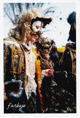 farbojo Venise Carnaval 1999 photos Fvrier (farbojo Photography) Tags: costumes lagune canal costume aqua italia tour place grand places 1999 bateaux ciel chapeaux carnaval palais horloge nuages murano venise glise escalier dentelle italie grandcanal rialto gondolier burano ponts barque masque verre doges plume aquaalta masques adriatique fvrier gondole puits puit gondoles glises saintmarc pontdessoupirs canaux placesaintmarc palaisdesdoges soupir horloges lagunes vnzia farbojo vnicie