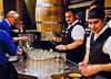 Posant cervesa / Serving beer (SBA73) Tags: beer germany deutschland cologne köln alemania colonia bier birra serving kranz rheinland waiters kölsch stange cerveseria cervesa bota koelsch frueh früh gots servir cambrers
