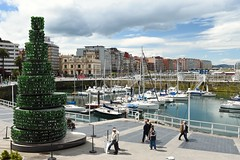 Puerto deportivo de Gijon (Asturiano) Tags: puerto nikon asturias gijon 18140