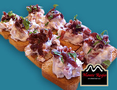 Tostadas de jamn ibrico Monte Regio con mayonesa (Monte Regio) Tags: ham monte jamn regio ibrico