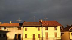 Black sky (Marty_0722) Tags: light sky sun house black clouds nuvole day case cielo sole nero luce giorno nubi