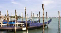 "Une pose ""longue"" sur les gondoles (ju.labs) Tags: poselongue longexpo exposure long outside venise venezia laguna lagune mer sea blue gondole gondola bleu ciel sky canon1855 1855 canon700d canon eos boat bateau"