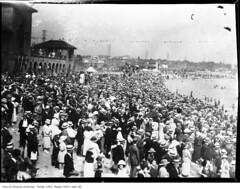 Crowd at Sunnyside Beach