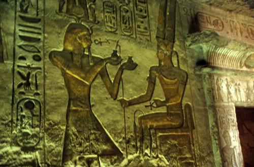 "Ägypten 1999 (106) Im Großen Tempel von Abu Simpel • <a style=""font-size:0.8em;"" href=""http://www.flickr.com/photos/69570948@N04/27347659291/"" target=""_blank"">View on Flickr</a>"