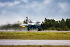 MiG-21 (Tuomas Tuisku) Tags: finnair airshow hornet kuopio mig mikoyan tourdesky mikojangurevit