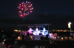 Fireworks at Rock The Dock - Jul 4, 2016 (jiff89) Tags: seattle rock tangerine bay dock fireworks 4 band 4th july creme cover wa tribute anacortes fourth refinery 2016