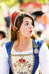 Ooh! Look At That! (wyojones) Tags: texas texasrenaissancefestival toddmission texasrenfest renfest renfaire renaissancefaire faire renaissancefestival festival trf girl woman brunette maiden wench cute pretty lovely gorgeous beautiful beauty browneyes smile lips redlips princess english lady royalty kierra