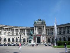 Heldenplatz (Heroes Square), Neue Burg (New Castle), Hofburg Palace, Vienna (Wiebke) Tags: vienna wien sterreich austria europe architecture architektur hofburg hofburgpalace heroessquare heldenplatz