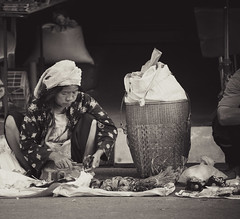 Thailand - At the market (Cyrielle Beaubois) Tags: street portrait people blackandwhite woman photography asia market thalande mai thai southeast chiang 2015 canoneos5dmarkii cyriellebeaubois