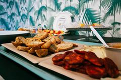 CreativeMornings/Madrid: Broken (CreativeMornings/Madrid) Tags: breakfast creativity talk desayuno creatividad charla cni conflicto soulsight creativemornings cmbroken cmmad medacin