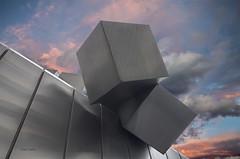 Acero y cielo (Charo Castro) Tags: madrid espaa spain escultura cielo acero plazadeloscubos charocastro