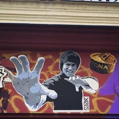 #brucelee by #yarps #kungfu #bigboss #dragon  #streetart #graffiti #wall #spray #bombing #collage #pochoir #paris (pourphilippemartin) Tags: brucelee yarps kungfu bigboss dragon streetart graffiti wall spray bombing collage pochoir paris