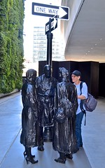 San Francisco Museum of Modern Art, SF MOMA, Suzanne, statues, (David McSpadden) Tags: museumofmodernart new sanfrancisco sfmoma statues suzanne fittingin